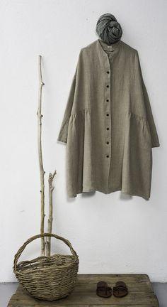 SS 2014-199. Reminds me of Tina Givens Peplone jacket pattern.