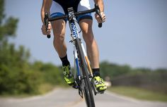 7 Ways You're Hurting Your KneesCycling is easy on your joints—if you do it right - Cycling is easy on your joints—if you do it right.