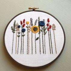 Arte floral aro bordado a mano de flores silvestres flores