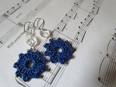 Cobalt Earrings by Melody Maria Fulone.  (Free pattern.)