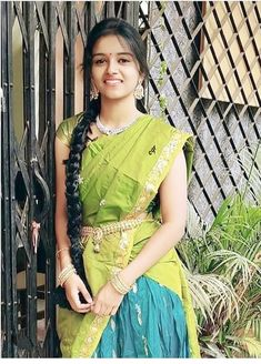 Beautiful Girl Photo, Beautiful Girl Indian, Beautiful Indian Actress, Beautiful Women, Cute Beauty, Beauty Full Girl, Indian Dresses, Indian Outfits, Wedding Saree Collection