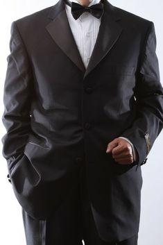 $475 New Jos A Bank Tuxedo Formal wear solid black 3 button Jacket  42 L