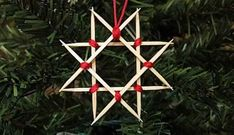 Scandinavian Christmas Ornaments, Swedish Christmas, Personalized Christmas Ornaments, Diy Christmas Ornaments, How To Make Ornaments, Scandinavian Holidays, Christmas Candles, Modern Christmas, Scandinavian Style