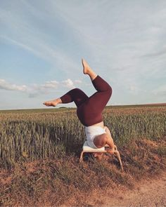 Sometimes all you need to do is change your perspective 🙃 FeetUp's have just been restocked in our stores and at www.yogisha.nl. With a FeetUp you can practice inversions safely, without putting any pressure on your head or neck. This allows the spine to lengthen and for you to have fun upside down!  Photo by: @maureenlucassaoudi Asana, You Changed, Perspective, Yoga, Running, Fun, Perspective Photography, Keep Running, Why I Run