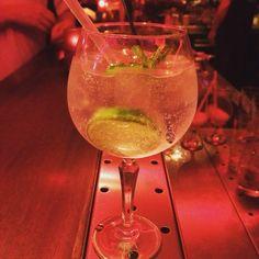 Naast onze wereldberoemde cocktails hebben we ook heerlijke Gin Fevertree tonic