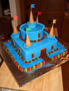 Castle Birthday Cake Blue Candy castle cake for several kids with September bi . - Birthday cake - first birthday cake-Erster Geburtstagskuchen Castle Birthday Cakes, Birthday Cakes For Teens, Homemade Birthday Cakes, Adult Birthday Cakes, Cakes For Boys, Birthday Ideas, Castle Cakes, Cake Kids, Knight Cake