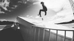 Frame Video Magazine (@framevideomag) Instagramissa Skateboarding, Magazine, Concert, Frame, Instagram Posts, Picture Frame, Skateboard, Magazines, Concerts