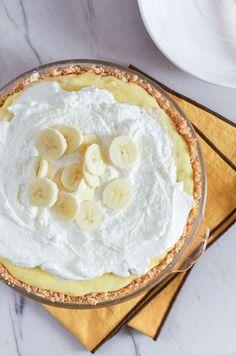 RECIPE: Banana Cream Pie from www.sprinkledsideup.com — Border Napkins from west elm