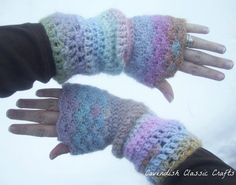 Slouchy Shells Fingerless Gloves Pattern by cavendishclassiccraf, $3.50
