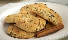 Νηστίσιμα κουλουράκια κανέλας Cookies, Desserts, Food, Crack Crackers, Tailgate Desserts, Deserts, Biscuits, Essen, Postres
