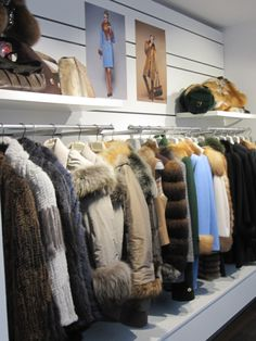 #kürscher #kürschnermeister #pelz #pelzmode #fur #furfashion #furfashonstore #pelzgeschäft #furrier #furdesigner Fur Coat, Store, Jackets, Home Decor, Fashion, Fur Fashion, Down Jackets, Homemade Home Decor, Tent
