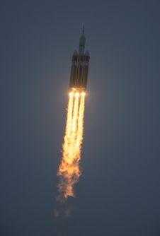 NASA marked a critical step on the journey to Mars with its Orion spacecraft during a roaring liftoff aboard a Delta IV Heavy rocket. Cosmos, Space Launch System, Orion Spacecraft, All About Space, One Step Beyond, Mission To Mars, Space Race, Air Space, Galaxy Space