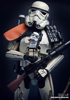 Cheeeeeeese ! For the Stormtrooper, 1st April is the children's day :)