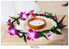 www.rightframe.net - Beautiful Destination Waimanalo Beach Wedding in Oahu. photography, photographer, weddings, photos, bride , groom, hawaiian, romantic, ideas, Bellows, Lanikai, couple, bouquets, lei, ring, ceremony.