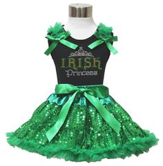 St Patricks Irish Princess Black Shirt Green Bling Sequin Pettiskirt Girl 1-8y (1-2year). a shirt, a skirt. stretchy and comfortable cotton shirt. fluffy double-tiered ruffles skirt. made by lightweight material. clover leaf set, suggest for Saint Patrick's Day.