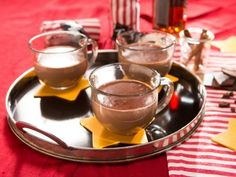 Spiked Hot Chocolate from Dinner at Tiffani's Movie Night episode via Food Network. Spiked Hot Chocolate, Hot Chocolate Recipes, Chocolate Movie, Chocolate Snacks, Chocolate Chocolate, Best Dinner Party Recipes, Chefs, Cooking Channel Shows, Baked Pears