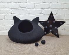 Black Felted Cat Cave, Felt Cat Bed, Black Cat Pet Bed, Wool Cat Pod, Cosy Cat Cocoon, Cat Den, Cat House, Kitty Cave