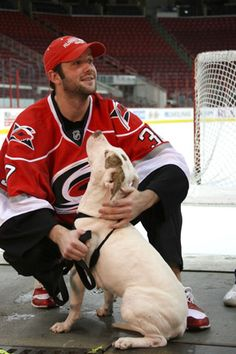 Carolina Hurricanes: Cam Ward and Giana, a dog from the SPCA of Wake County Dog Love, Puppy Love, Hurricanes Hockey, Pitt Bulls, Carolina Hurricanes, Dog Eyes, Pit Bull Love, Family Dogs, Service Dogs
