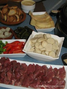 How to Host a Raclette Dinner Party - Do It All Working Mom Host a fun, easy and delicious raclette dinner party! The perfect dish to celebrate any special occasion. Fondue Raclette, Raclette Recipes, Raclette Party, Fondue Party, Fondue Recipes, Grilling Recipes, Dinner Recipes, Cooking Recipes, Gourmet