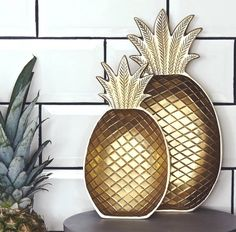 Golden Pineapple Ser