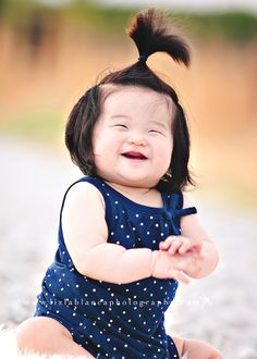 Mini-Shoot: An 8 Month Bundle of Cuteness from  Liz LaBianca Photography on http://inspiremebaby.com