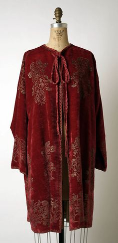 Coat from an evening ensemble House of Fortuny from 1950s in silk and silver from The Metropolitan Museum of Art