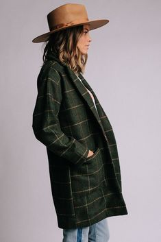 Vintage Pendleton wool plaid coat on Mercari Plaid Coat, Plaid Jacket, Plaid Pants, Clad And Cloth, Green Coat, Casual Chic, Coats For Women, Dress To Impress, Girl Fashion