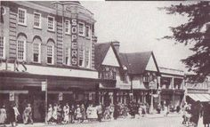 Littlewoods arrived when The Marquis of Granby went around Somertons was up there on the corner of College. Wasn't Gayton Rooms by Bakers Alley above Wright Coopers History Photos, Local History, Marquis, Old Houses, Scenery, Childhood, Corner, Lost, College