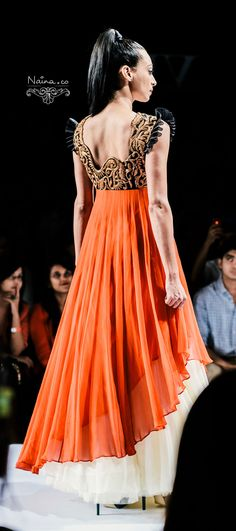 unique anarkali design. i really really really like this!