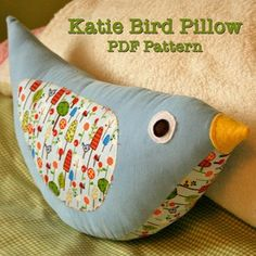 Katie Bird Pillow.  Wonder if I'm smart enough to figure this out on my own?