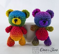 Sam_little_teddy_bear by Carolina Guzman.  FREE PDF 2/15. ༺✿Teresa Restegui http://www.pinterest.com/teretegui/✿༻