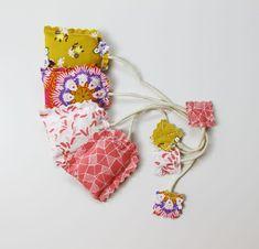 Scented Tea Satchet DIY!  http://artgalleryfabrics.typepad.com/weblog/2013/09/a-sip-of-tea-scented-tea-sachet-tutorial.html