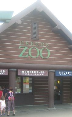 Oregon Zoo | Travel | Vacation Ideas | Road Trip | Places to Visit | Portland | OR | Holiday Lights | Monument | Zoo | Tourist Attraction | Children's Attraction