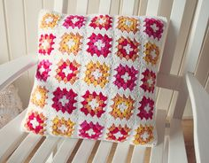 granny square pillow cover - links to pattern and yarn choice - check out the back!