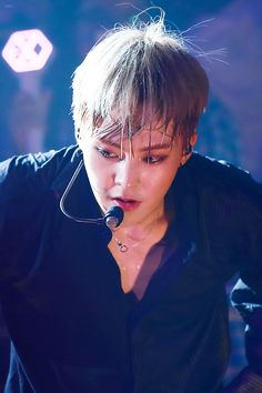 Find images and videos about kpop, exo and xiumin on We Heart It - the app to get lost in what you love. Chanyeol Baekhyun, Exo Xiumin, Kai, Dance 90, Exo Official, Cosplay Anime, Xiuchen, Exo Korean, Kim Minseok