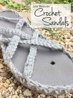 This summer turn your flip flops into Woven Crochet Sandals! Free pattern