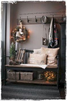 Cool 65 Favorite Farmhouse Christmas Entryway https://homeastern.com/2017/09/10/65-favorite-farmhouse-christmas-entryway/