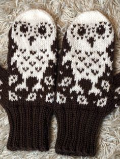 Owl mittens - inspiration Diy Crochet And Knitting, Crochet Crafts, Knitting Patterns Free, Free Knitting, Baby Knitting, Mittens Pattern, Knit Mittens, Knitted Gloves, Knitting Socks