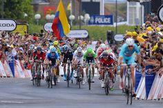 2014 Tour de France, stage 2: sprint  Vincenzo Nibali timed his attack to perfection. Photo: Tim De Waele | TDWsport.com