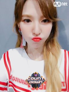 Son Seung-wan (손승완) also known mononymously as Wendy (웬디) of Red Velvet (레드벨벳). Park Sooyoung, Seulgi, South Korean Girls, Korean Girl Groups, Red Velvet Photoshoot, Wendy Red Velvet, Kim Yerim, My Beauty, Me As A Girlfriend