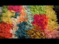 Problem solving toothbrush rugs : Crisp color transitions - YouTube