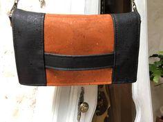 Pochette Cachôtin en liège luxe orange et noir cousu par Dominique - Patron Sacôtin