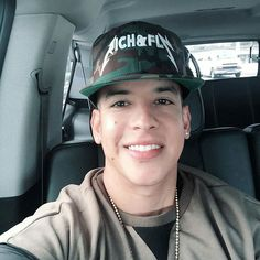 Daddy Yankee, King Of Kings, Chicago Cubs, Gorgeous Men, Love Of My Life, Rapper, Entertaining, Baby, Skrillex