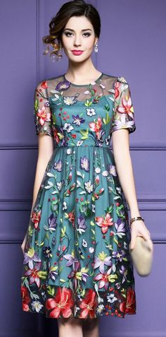 Elegant Floral Embroidery O-Neck Short Sleeve Skater Dress - Trendy Dresses Pretty Outfits, Pretty Dresses, Beautiful Dresses, Casual Summer Dresses, Short Sleeve Dresses, Dress Casual, Casual Outfits, Short Sleeves, Dress Skirt