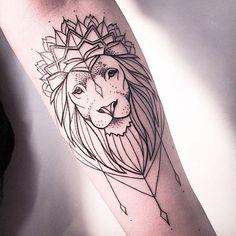 Inspirations: 30 idées de tatouages signes du zodiaque - Lion © Pinterest Instagram