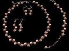 perle si bronz, stralucire delicata
