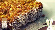 Low Carb Rezept für Ostern: Low-Carb Oster-Möhrenkuchen. Wenig Kohlenhydrate und einfach zum Nachkochen. Super für Diät/zum Abnehmen.