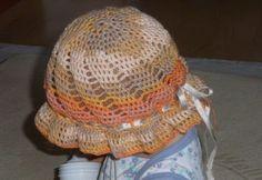Kreatív kézimunkák-Creative works-Kreatives Arbeiten: Gyerek horgolt kalap-Children's crochet hat-Kinder Häkelarbeithüte