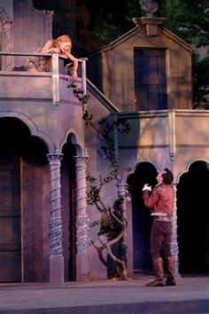Résultats de recherche d'images pour «romeo and juliet balcony»