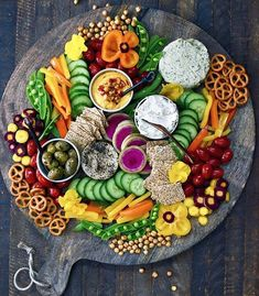 recipes appetizers snacks Rainbow Snack Platter recipe by Alexis and Beth Sinclair Veggie Platters, Party Platters, Cheese Platters, Cheese Table, Veggie Tray, Party Trays, Aperitivos Vegan, Fingers Food, Rainbow Snacks